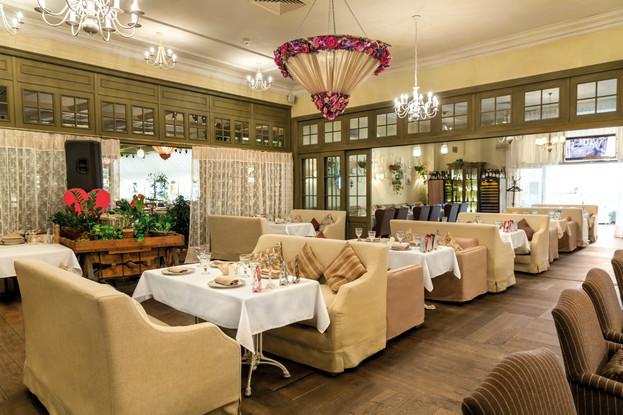 ресторан «Плюшкин», Санкт-Петербург