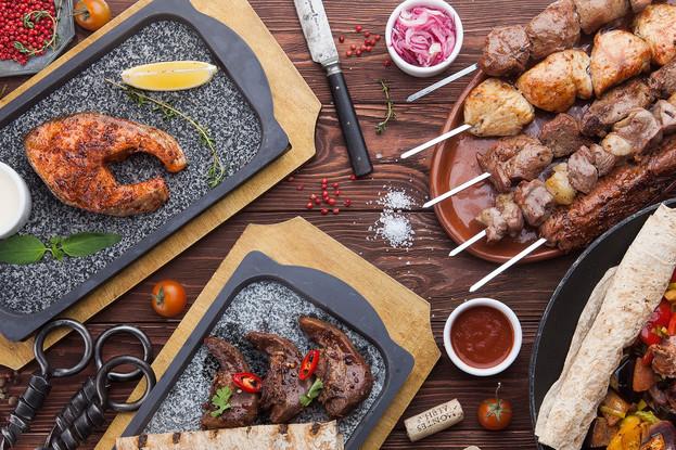 Ресторан «ЛюбимRest», Санкт-Петербург: Блюда на мангале