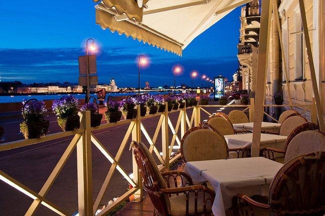 Mindal Cafe: Ужин с видом на центр города