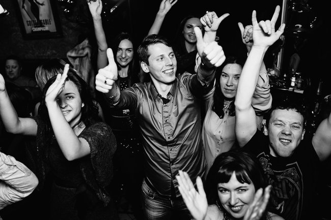 Ирландский паб Финнеганс: Субботний рок-н-ролл