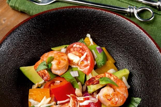 Ресторан «Food Park», Санкт-Петербург: Средиземноморский салат с крабом и креветками