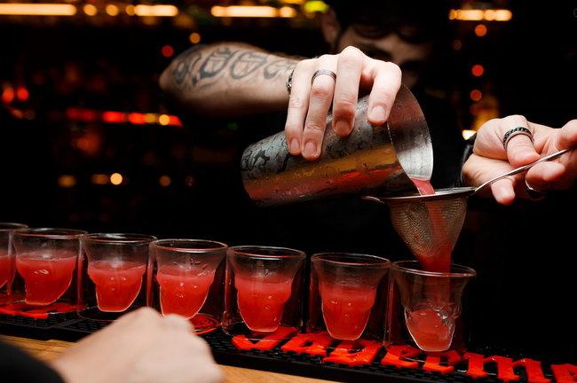 Mad Max: Cкидка на барное меню