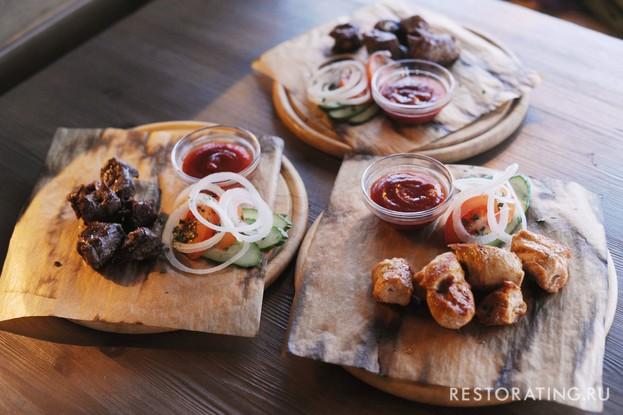 Ресторан «Vsёхорошо!», Санкт-Петербург: Мясо на мангале