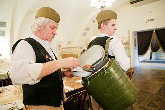 Русская рюмочная № 1: Праздновать по-мужски