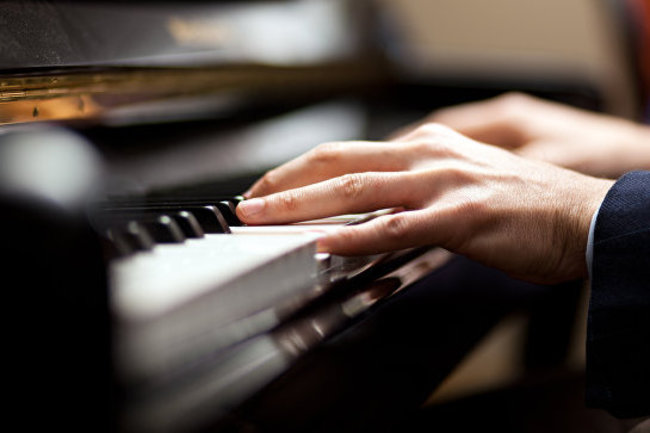 Корюшка: Ужин под звуки фортепиано