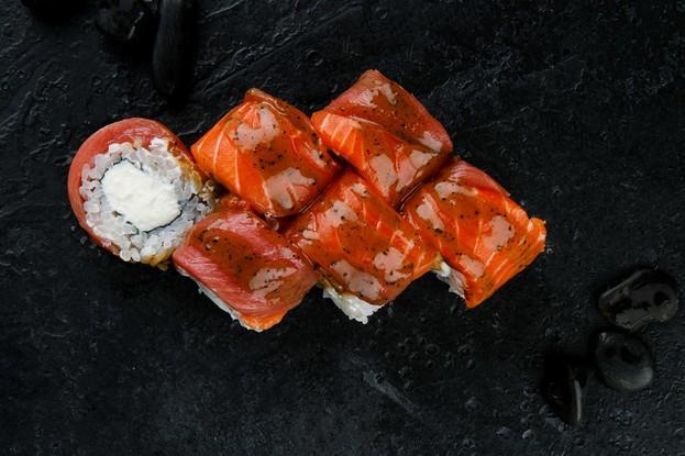 Ресторан «Ginza», Санкт-Петербург: Сливочный ролл с трюфельным соусом