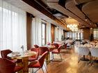 ресторан The Y Restaurant