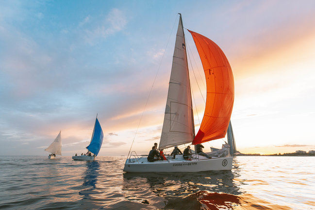 Commons: Пикники на яхте