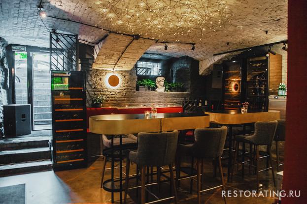ресторан «Вини, пани и салями», Санкт-Петербург